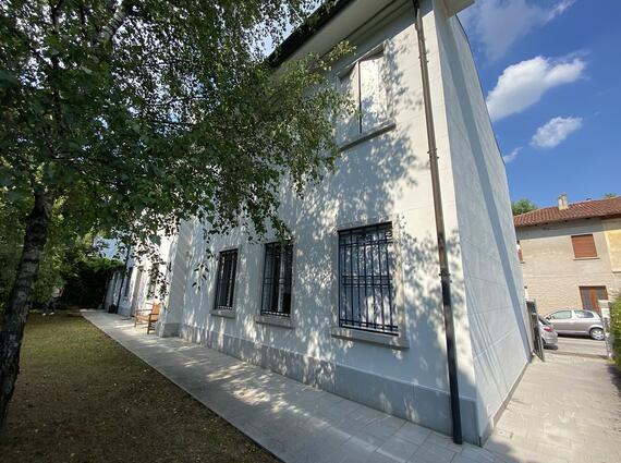 Casa indipendente negli interni di Via Marsala