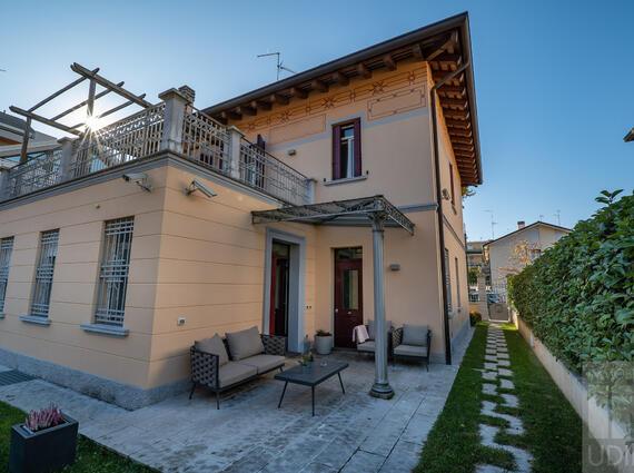 Villa liberty in zona semicentrale